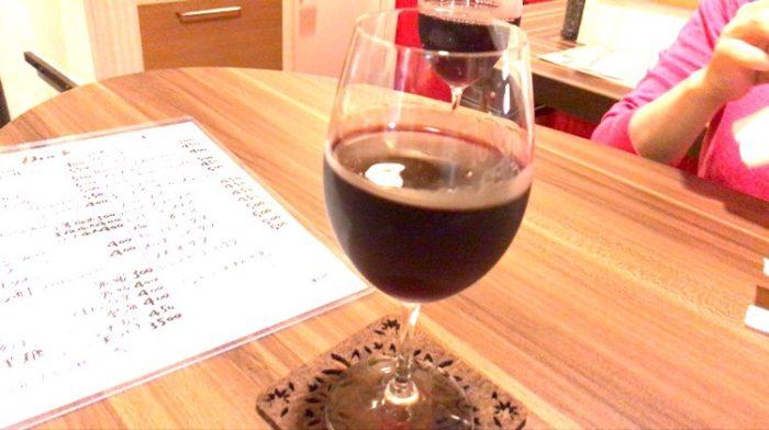 うさこ家のグラスワイン400円