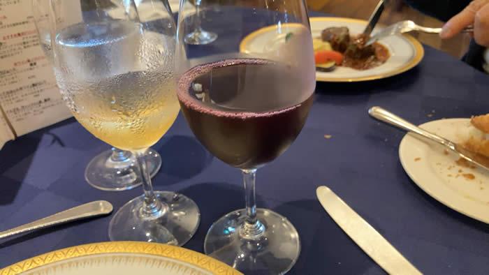 ツァ・ディーレランチ ノンアルコール赤ワイン