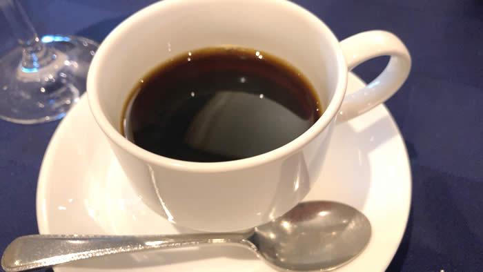 ツァ・ディーレランチ 食後のコーヒー